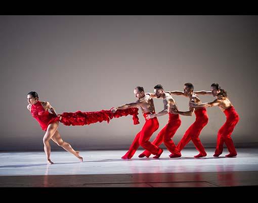 Ballet Hispanico in Linea Recta, Photo by Paula Lobo (1)