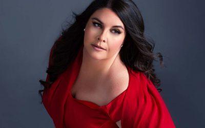 Angela Meade to Perform Elizabeth I in LA Opera's Roberto Devereux