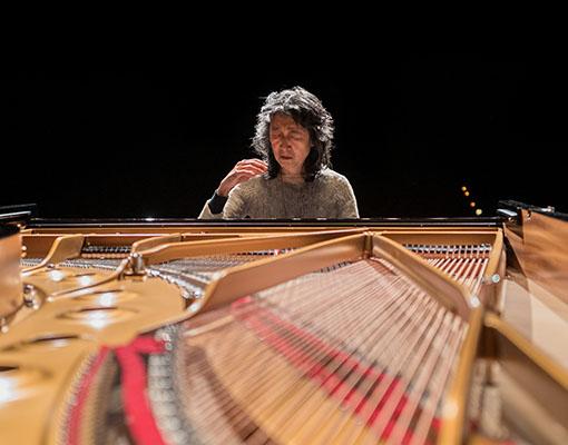 Mitsuko Uchida (c) Geoffroy Schied 1