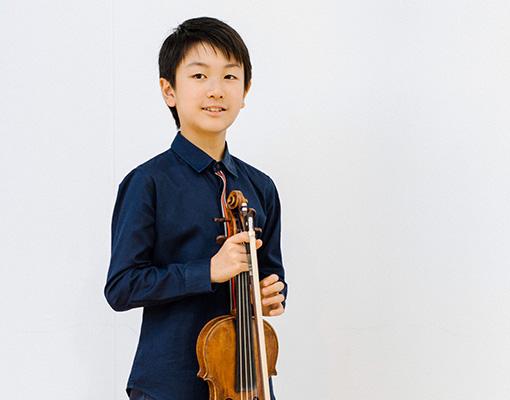 Christian Li (1) c. Jess Brohier