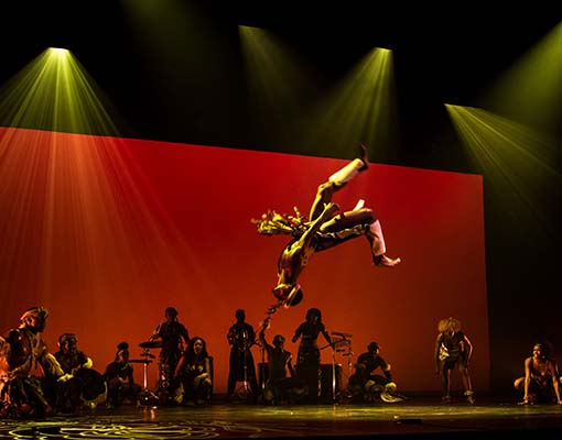 04 Photo by William Perrigen - Zulu Jump
